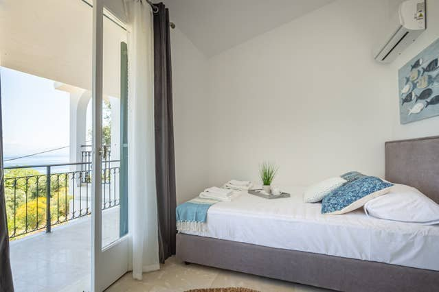 Ionian Blue Sea View Maisonette 4, holiday rental in Dafnata