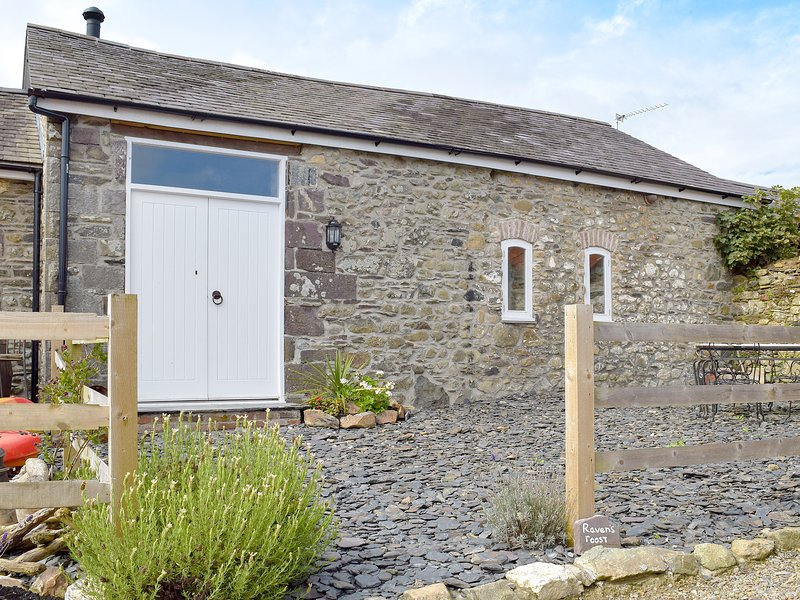 Ravens Roost, holiday rental in Fishguard