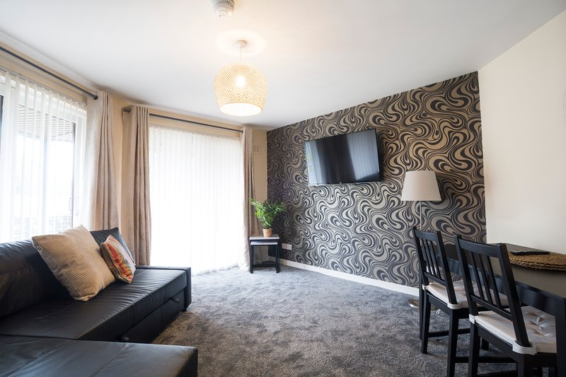 Lomond Serviced Apartments- Emirates, Ferienwohnung in Bellshill