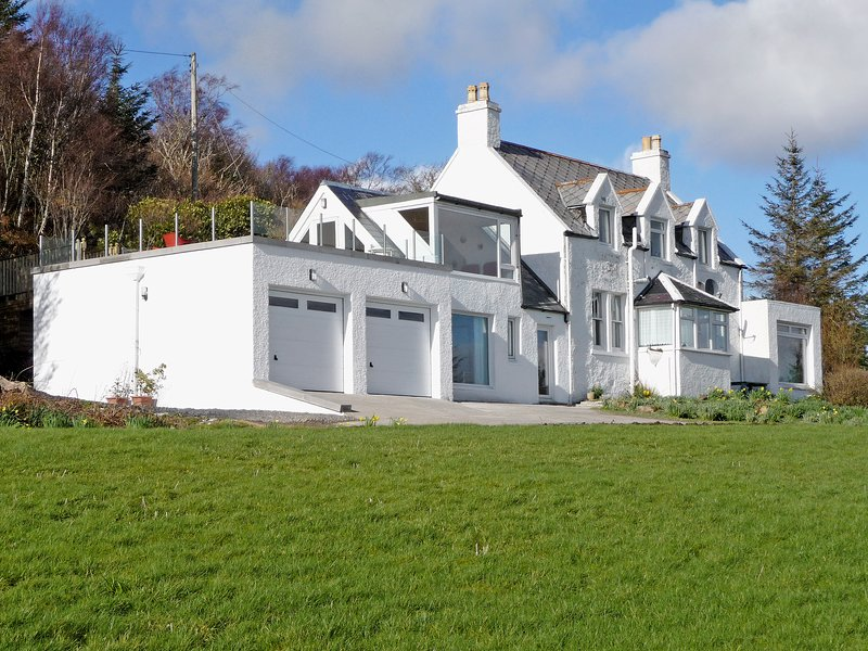 South Bay Cottage, holiday rental in Sleat