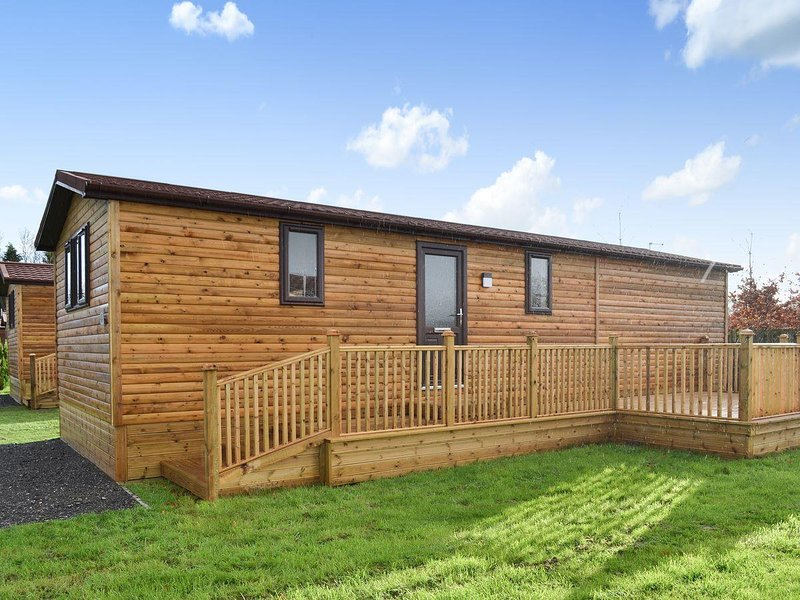 Holly Lodge, holiday rental in Skirpenbeck