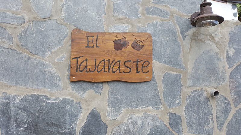 Casa 'EL TAJARASTE', aluguéis de temporada em La Gomera