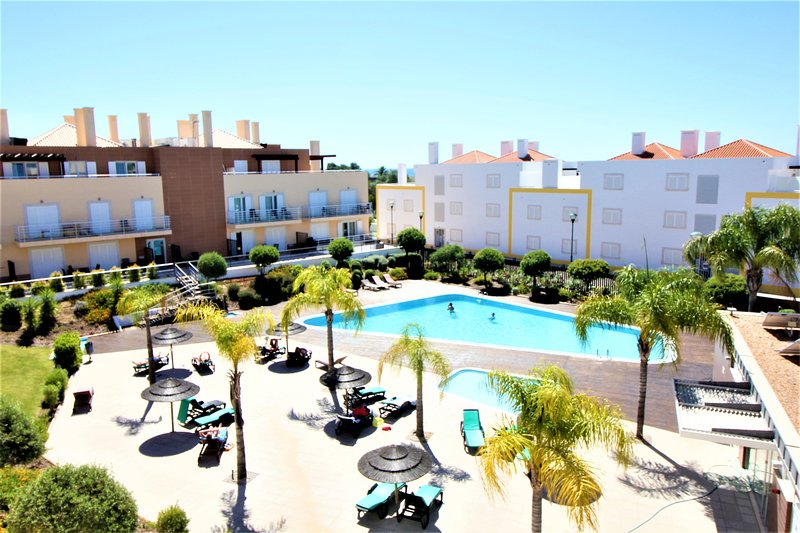 Cabanas Gardens - 2Bed Penthouse with Pool View - WPCG 53, holiday rental in Tavira
