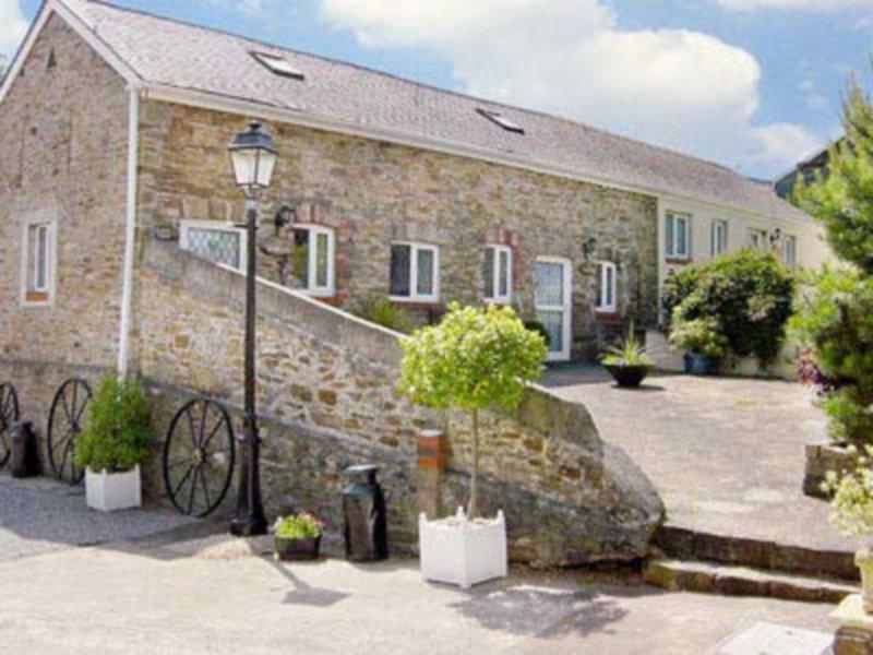 Ty Llaethdy - OAC, holiday rental in Penclawdd