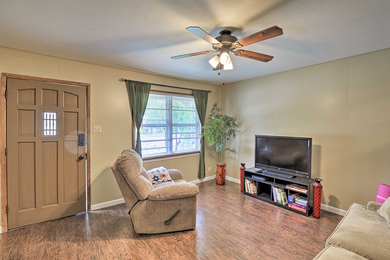 Make yourself at home in this Dallas area vacation rental house!