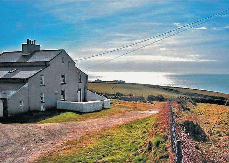 Penrhyn Mawr - HW7642, holiday rental in Aberdaron