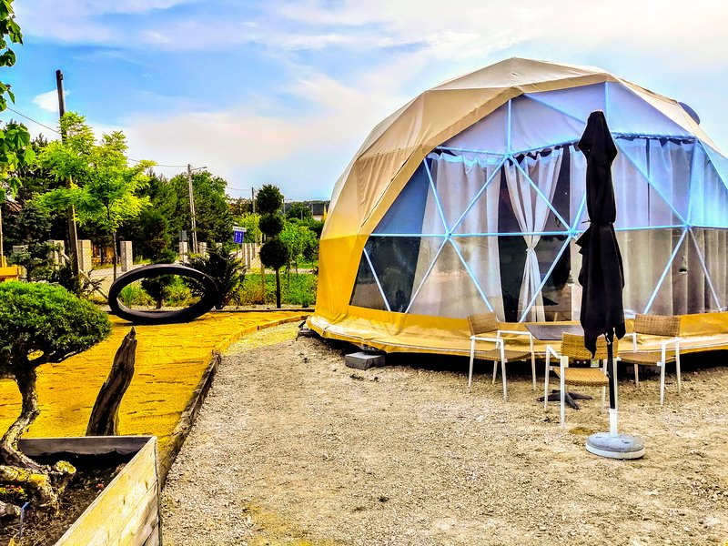Clamping Ferien Dome am Neusiedlersee, vacation rental in Szakony