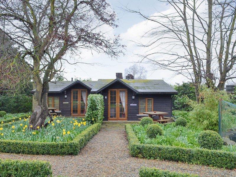 Bluebell Cottage - 27635, holiday rental in Dartford