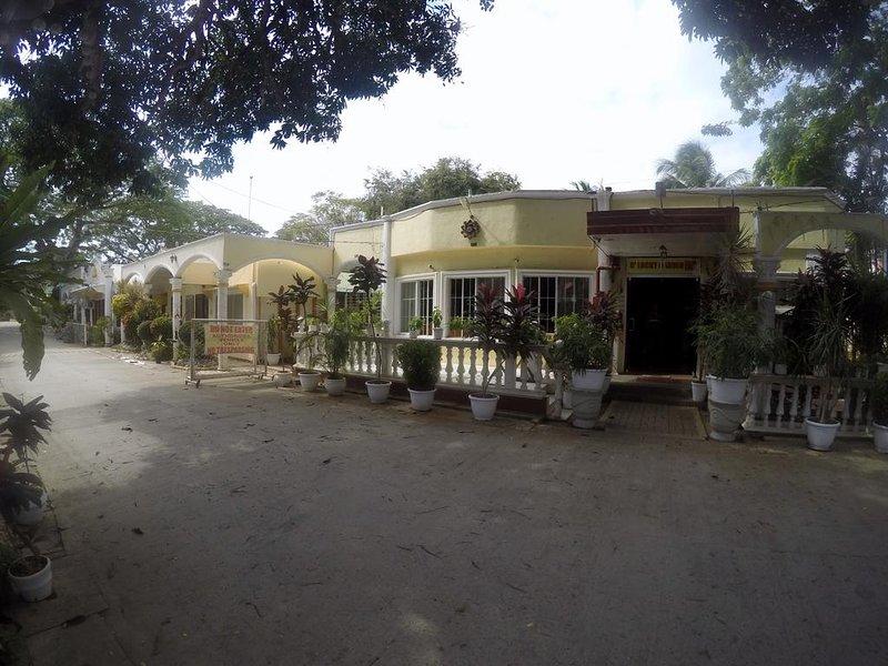 D' Lucky Garden Inn Budget Room 2, casa vacanza a Puerto Princesa