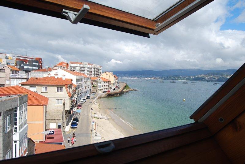 Apartamento a pie de playa al lado de Sanxenxo, holiday rental in O Covelo