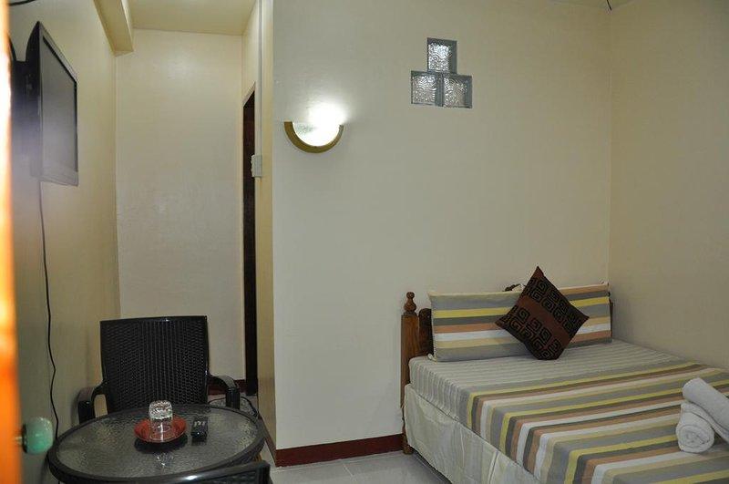 D' Lucky Garden Inn Couples Room 1, casa vacanza a Puerto Princesa
