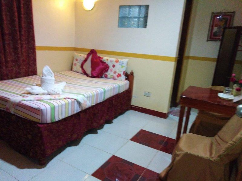 D' Lucky Garden Inn Couples Room 2, casa vacanza a Puerto Princesa