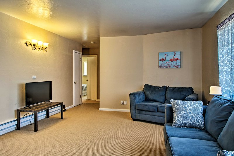 Guerneville Home - Walk to the Russian River!, vacation rental in Forestville