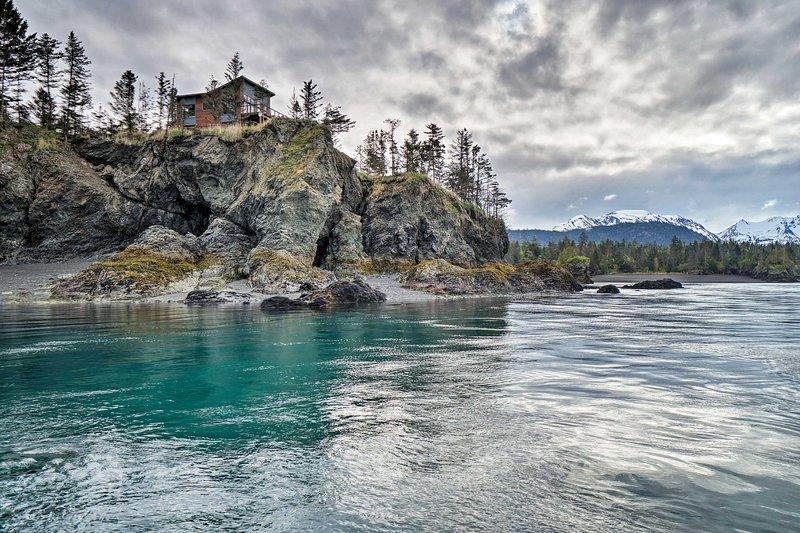 Évadez-vous dans la nature sauvage et accidentée d'Homère avec cette maison de location de vacances de luxe!