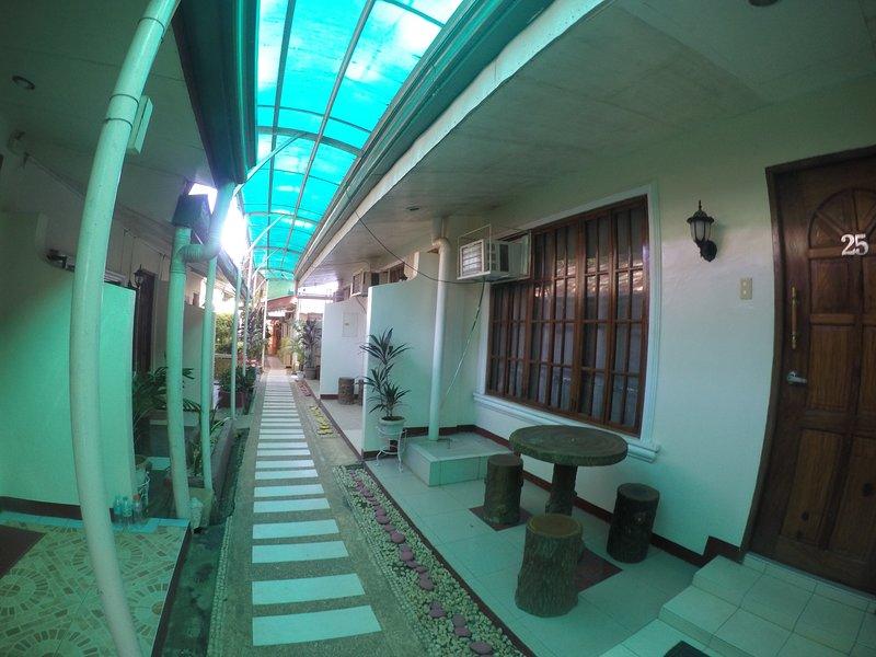 D' Lucky Garden Inn Family Room 5, casa vacanza a Puerto Princesa