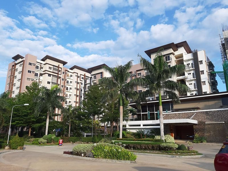 Affordable Luxury 2BR Condo in Davao City, location de vacances à Davao City