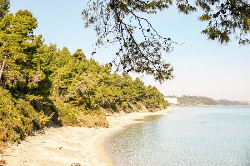 Beach Front Maisonette in Kriopigi, aluguéis de temporada em Kassandrino