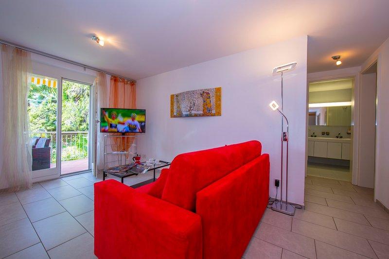 Casa Collina - Appartamento Luna, holiday rental in Brione sopra Minusio