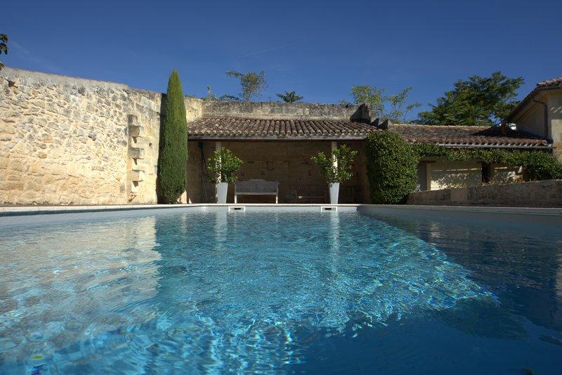 Domaine de Bayens - Proche de St Emilion, holiday rental in Les Salles-De-Castillon