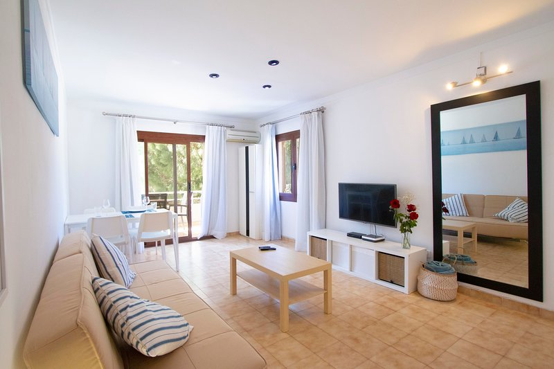 CAMELIA -Beautiful apartment in Puerto Pollensa with capacity for 3 people. Chalet in Puerto Pollensa
