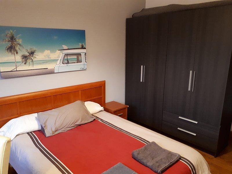 155 m2 de confort en el epicentro de Oviedo, location de vacances à Oviedo