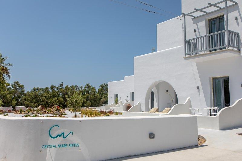 Crystal Mare Suites, aluguéis de temporada em Naxos