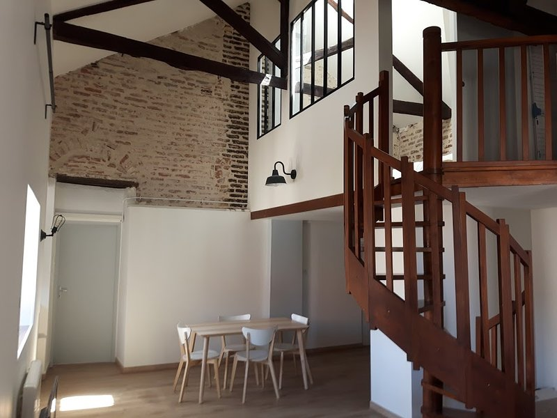 Le Loft Du Chateau Du Roi, holiday rental in Cahors