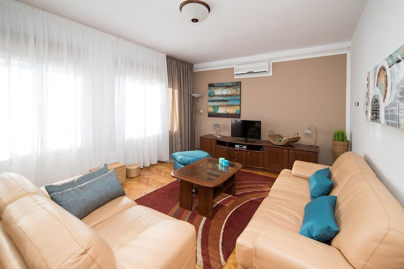 Living room, Surface: 21 m²
