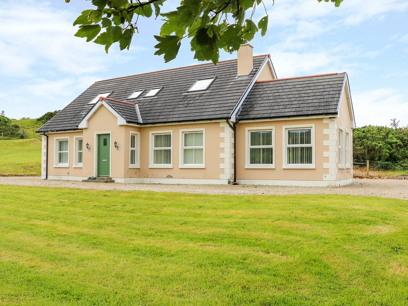 Croghan, Portsalon, holiday rental in Crocknamurleog