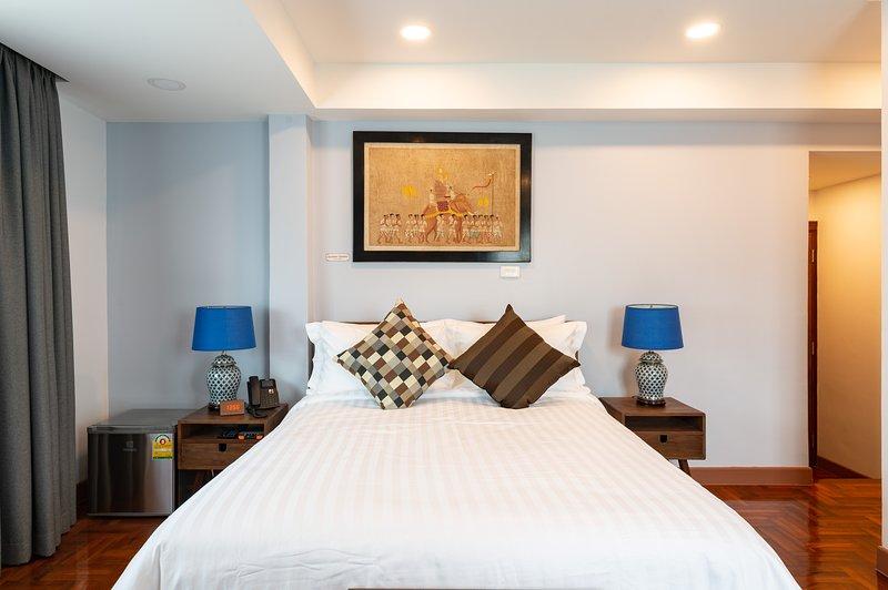 302 - The Juta Executive Suite at Maneeya Park Residence, holiday rental in Bangkok