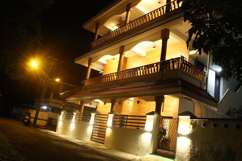 Nirvana Inn - a fresh new stay in Fort Kochi, holiday rental in Kochi (Cochin)
