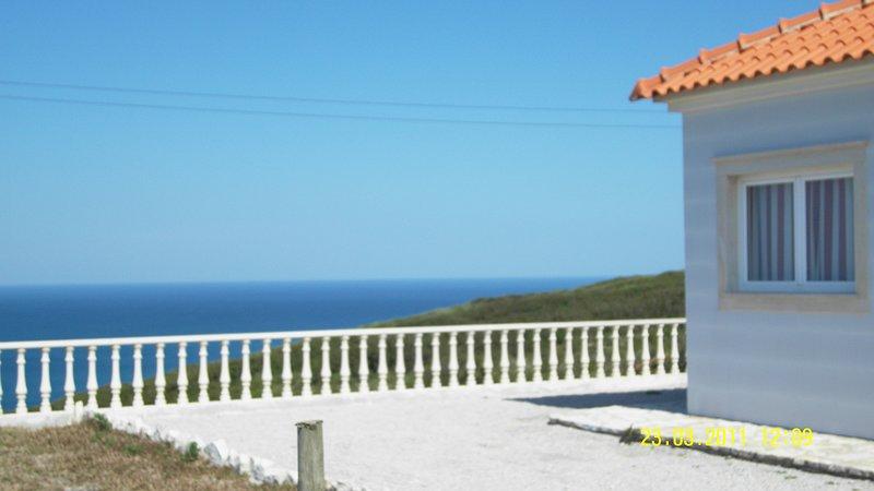 Near Nazare Villa Atlantic, holiday rental in Serra da Pescaria