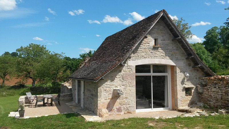 Gîte de charme ' le Domaine de Laval ', holiday rental in Theminettes