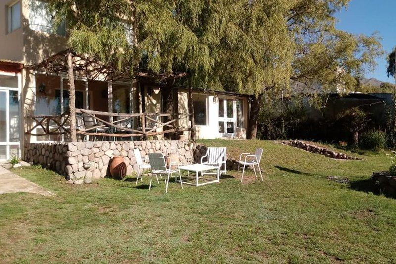 Casa de campo Familiar Tafi del valle, holiday rental in El Mollar