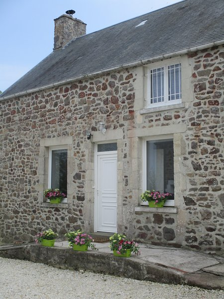 Gîte à 10mns de Saint-Vaast-la-Hougue, vacation rental in Fontenay-sur-Mer