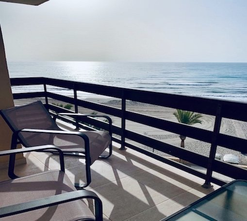 Beach front line luxury apartment, Campello, holiday rental in Campello