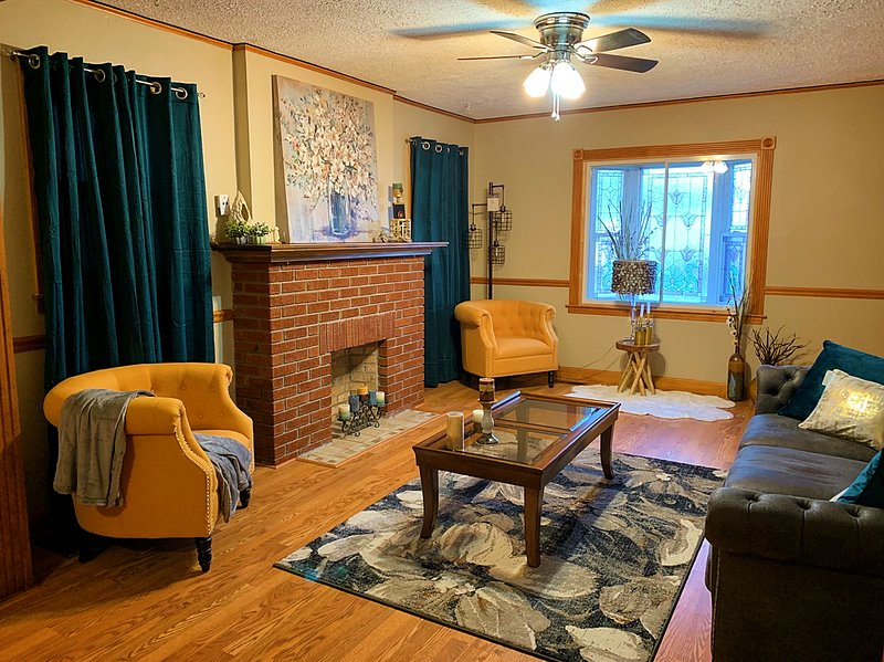 Cozy house close to Derby, UofL and downtown, vacation rental in Pleasure Ridge Park