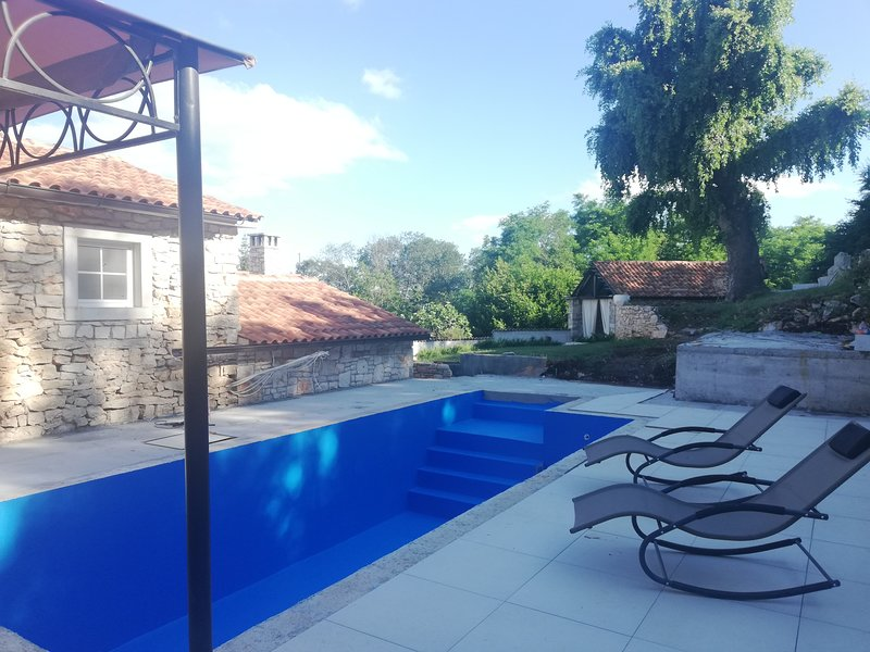 Tailor's house, holiday rental in Jurazini