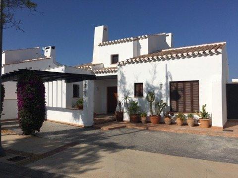 Villa Lona, El Valle Golf, holiday rental in Ciudad Satelite