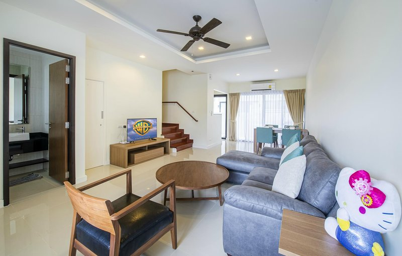 3 BDR Laguna Park Phuket Holiday Home, Nr. 33, holiday rental in Cherngtalay