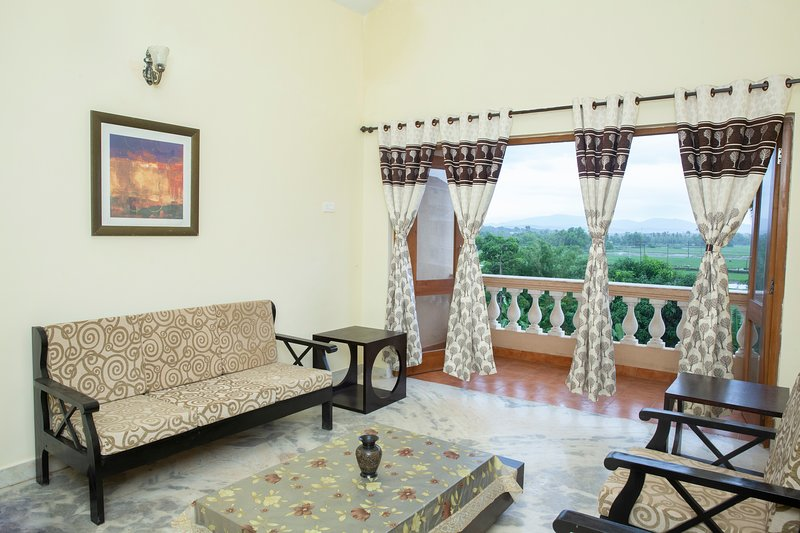 Terry's Apartment - Coconut Grove Residence Goa, holiday rental in Varca
