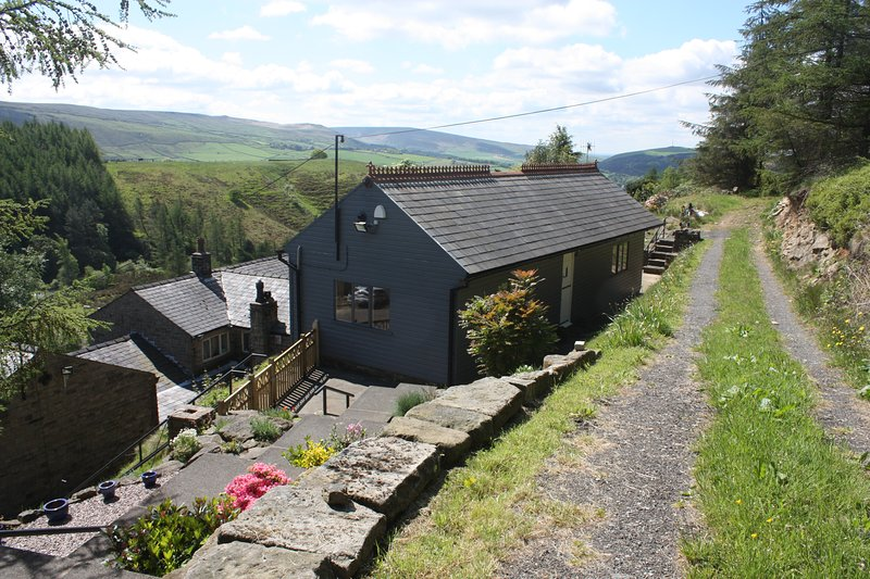 Saddleworth Holiday Cottgaes, holiday rental in Mossley