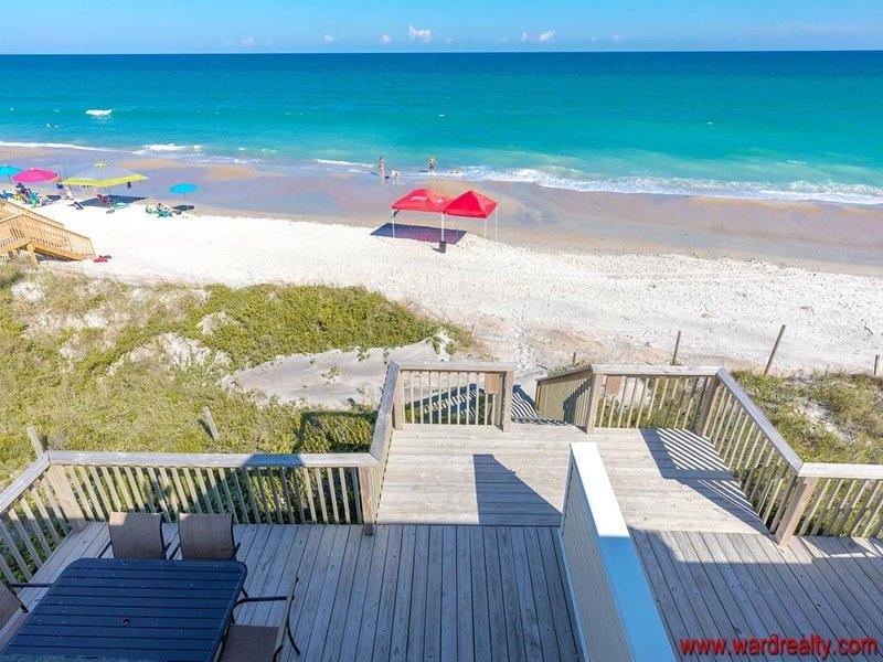 1. Stock Sonnendeck mit Zugang zum gemeinsamen Strand