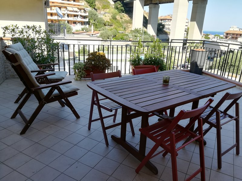 Una vacanza al mare a due passi da Taormina, holiday rental in Gallodoro