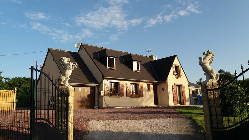 chambre d'hotes, holiday rental in Teurtheville-Bocage