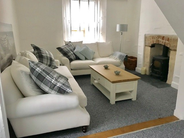 Charming recently updated cottage, log burner just a 2 min walk from the harbour, casa vacanza a Mevagissey