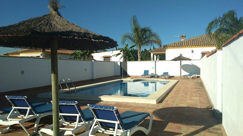 Amazing house with shared pool, holiday rental in Barrio Nuevo