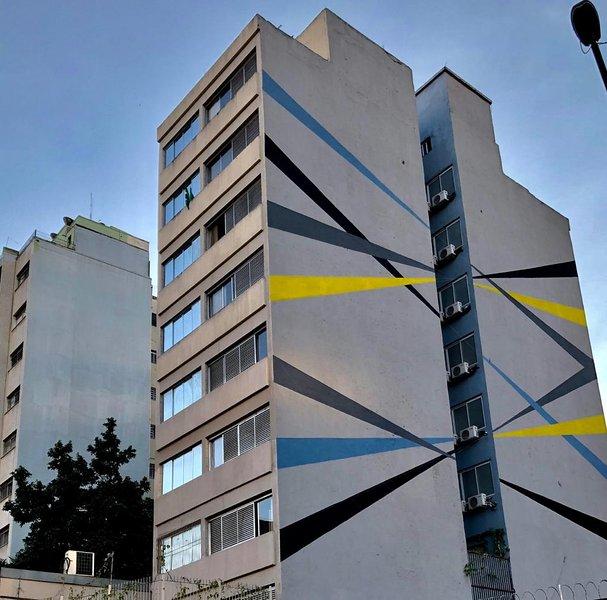 Suíte individual, ideal p Hospedagem de curta, média ou de longa permanência, alquiler de vacaciones en São Paulo