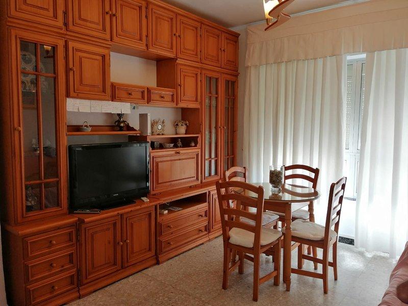 A 200 metros de la playa, holiday rental in Cadiz