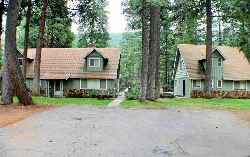 Lake Almanor River Front property, holiday rental in Westwood
